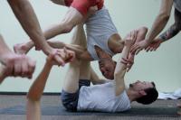 Acro Yoga z Guille Benitez w Nava Yoga