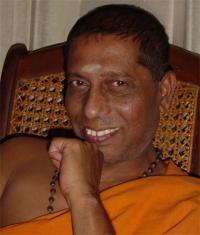 Manju Jois Close up
